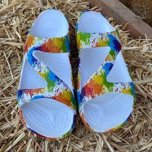 Dawgs Z sandals rainbow size 10 Woman
